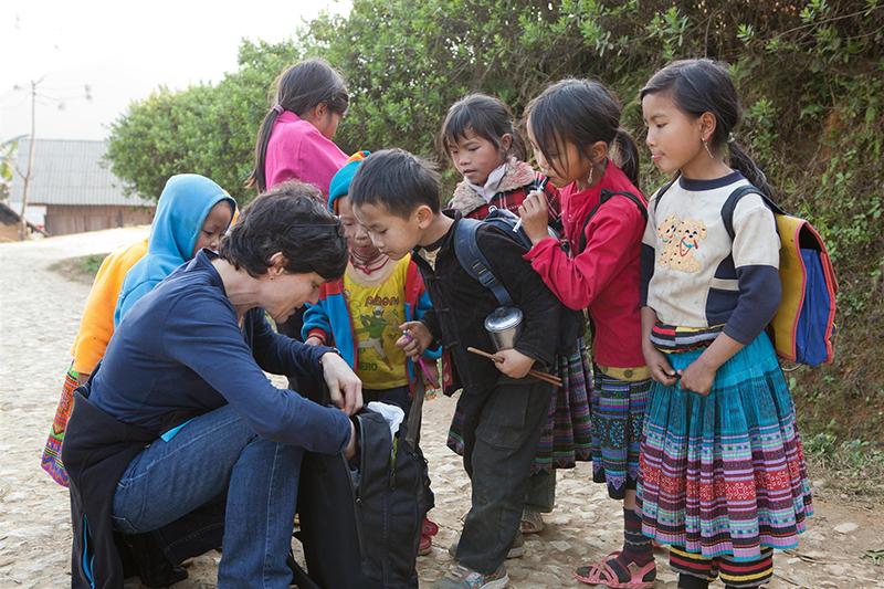 Privilégiez le matériel scolaire pour les enfants du Vietnam